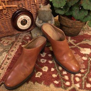 """NWOT Aerosoles leather 2 3/4"""" heeled mule"""